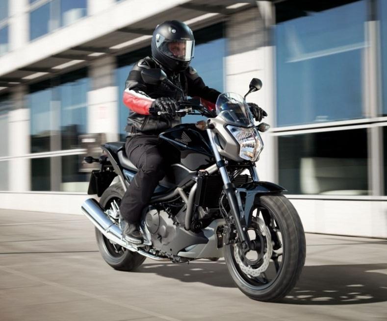 Как научится водить моттоцикл в городских условиях