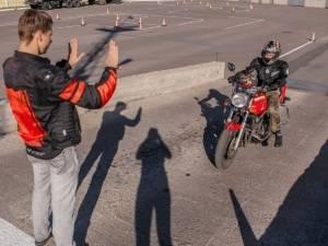 Особенности обучения вождению мотоцикла с нуля