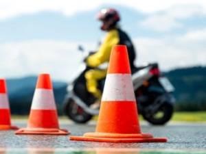 Как формируется цена на обучение в мотошколах Москвы для получения водительских прав категории А