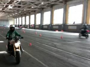 Крытая мотошкола в Москве ждет всех желающих обучаться вождению