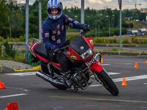 Мотошкола: станьте уверенным водителем мотоцикла всего за месяц