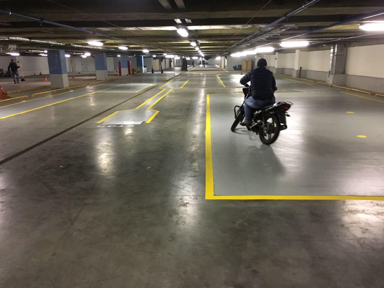 Упражнение разгон на мотоцикле